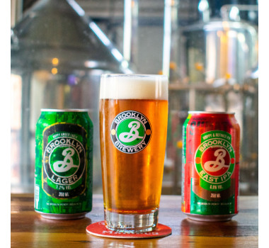 Combo Brooklyn 2 Latas 350ml + Copo